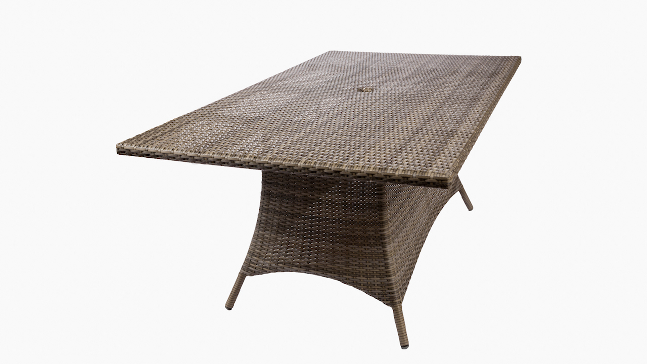 Great Outdoor Dining Tables You Should Buy
