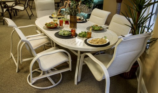 The Different Kinds of Outdoor Furniture
