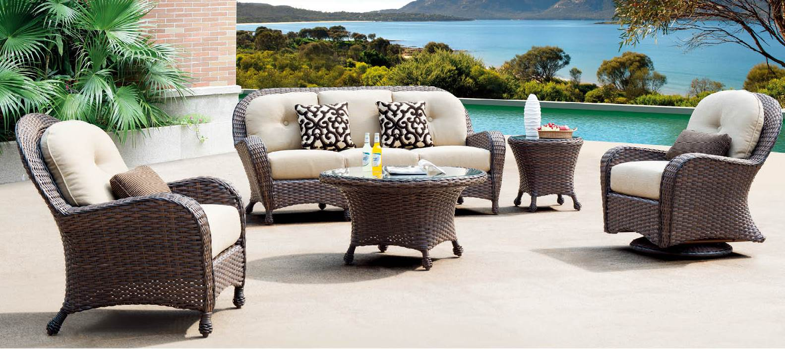 Timeless Classic Series Wicker Outdoor Furniture Palm