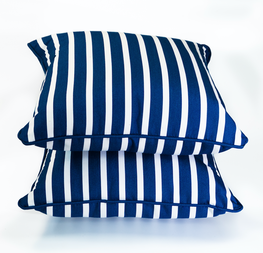 Outdoor Throw Pillows Adding More Comfort And Color