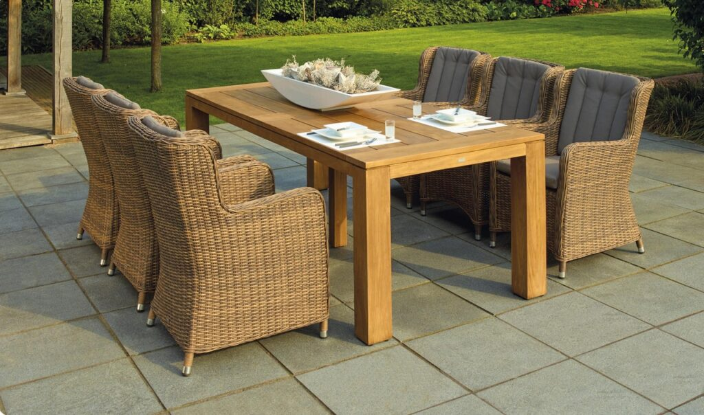 22f426d992c How to Find the Right Patio Furniture